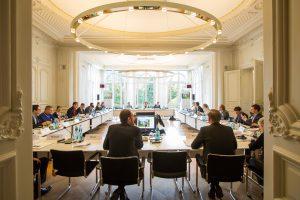 2015 Gespräche - Wirtschaftskrise und deren Überwindung