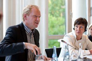 2009 Gespräche - Verantwortung von Unternehmen in Wirtschaft und Gesellschaft